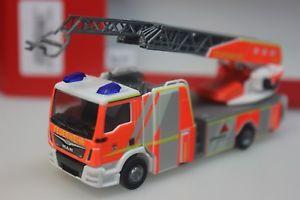 Herpa MAN TG-M DLK L32 Drehleiter Feuerwehr Berlin B-2318