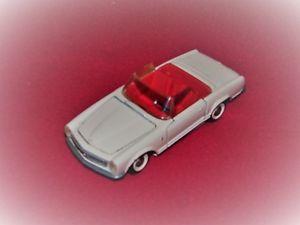 【送料無料】模型車 モデルカー スポーツカー ミニチュアメルセデスブランシュドラマルケ……ancienne miniature au 143 mercedes 230 sl blanche de la marque tekno