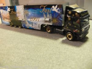 【送料無料】模型車 モデルカー スポーツカー クリスマスケーストター187 herpa daf cf weihnachten 2001 kersattelzug 147194