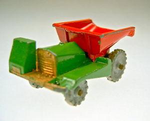 【送料無料】模型車 モデルカー スポーツカー マッチmatchbox rw 02a dumper rot amp; grn 1954 guter zustand