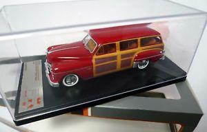 【送料無料】模型車 モデルカー スポーツカー ダッジコロネットウッディワゴンボルドーネットワークdodge coronet woody wagon 1949 bordeaux ixo 143