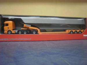 【送料無料】模型車 モデルカー スポーツカー トラックスカニアペンデュラムオレンジherpa lkw scania r highl pendelx tiefladesz orange 306615