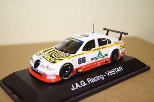 【送料無料】模型車 モデルカー スポーツカー レーシング#v8 star 2002 jag racing 66 bert wei 143 schuco neu amp; ovp 4846