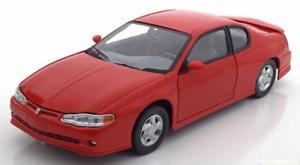 【送料無料】模型車 モデルカー スポーツカー サンスターシボレーモンテカルロレッドハット118 sunstar chevrolet monte carlo ss 2000 red