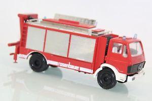 【送料無料】模型車 モデルカー スポーツカー コンラッドrosenbauer 150 nr 3090mb feuerwehr conrad o vp b50
