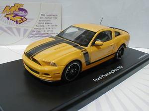 【送料無料】模型車 モデルカー スポーツカー コメフォードムスタングトップコメtoppreis 08833 schuco pror ford mustang 302 gelbschwarz 143 toppreis