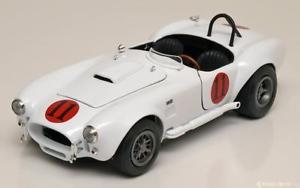 【送料無料】模型車 モデルカー スポーツカー シェルビーコブラエルビスプレスリー118 ertlauto world shelby cobra 427 sc elvis presley 1965