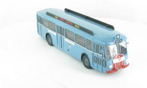 【送料無料】模型車 モデルカー スポーツカー ネットワークバス143 ixo somua op53 bus 77