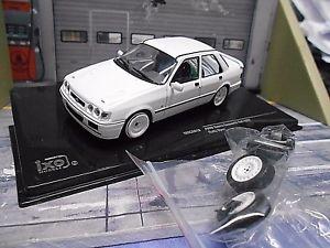 【送料無料】模型車 モデルカー スポーツカー フォードシエラコスワース×ラリーホワイトスペアホイールネットワークford sierra cosworth 4x4 rallye weiss white 4 ersatzrder plain sp ixo 143