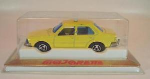 【送料無料】模型車 モデルカー スポーツカー ルノーリムジンタクシー#majorette 160 nr 266 renault 18 limousine taxi gelb nr 2 ovp 629