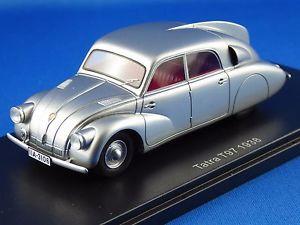 【送料無料】模型車 モデルカー スポーツカー タトラシルバー143 tatra t97, 1938, silber