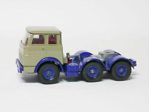 【送料無料】模型車 モデルカー スポーツカー siku v318 zugmaschine fr henschel container transporter werbemodell rehnus