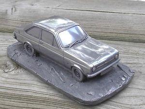 【送料無料】模型車 モデルカー スポーツカー フォードプライドインデックスギアneues angebotford escort ii ghia  von prideindetails 132