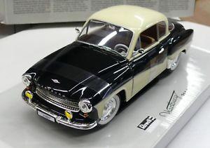 【送料無料】模型車 モデルカー スポーツカー ウォーデンクーペ118me wartburg 311 coup neuve en boite revell rfrence 08419
