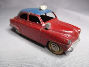 【送料無料】模型車 モデルカー スポーツカー タクシーベルta081 dinky toys fr meccano 143 simca 9 aronde taxi ref 24ut bel etat