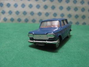 【送料無料】模型車 モデルカー スポーツカー フィアットフランスancien norev n 45  fiat 1500   143 france 1962