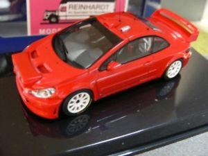 【送料無料】模型車 モデルカー スポーツカー プジョープレーンボディバージョンレッド143 autoart peugeot 307 wrc plain body version rot 60557