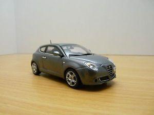 【送料無料】模型車 モデルカー スポーツカー アルファロメオalfa romeo mito gris anthracite 143