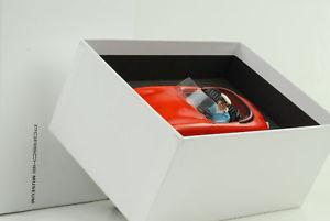 【送料無料】模型車 モデルカー スポーツカー ポルシェトゥーバプレートレッドカーporsche 356 tco tippco ntc 103 tuwa blechauto rot museum