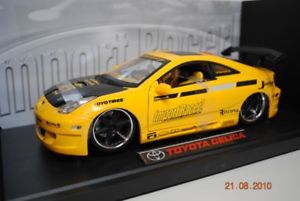 【送料無料】模型車 モデルカー スポーツカー トヨタセリカ+ステッカーインポートレーサーjadatoys toyota celica gelb decals 118 import racer