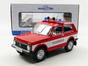 【送料無料】模型車 モデルカー スポーツカー ラダmcg 118 lada niva feuerwehr 1976 18006r