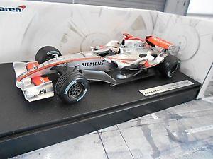 【送料無料】模型車 モデルカー スポーツカー マクラーレンメルセデスキミライコネンマテルホットホイールf1 mclaren mercedes mp421 mp4 2006 rikknen kimi mattel hot wheels sp 118