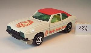 【送料無料】模型車 モデルカー スポーツカー フォードカプリクーペホワイトレッドラジオモンテカルロ##majorette 160 nr 251 ford capri coupe weirot radio monte carlo nr 1 236