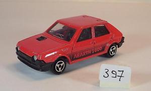 【送料無料】模型車 モデルカー スポーツカー フィアットアバルトセダンレッド#majorette 153 nr 239 fiat ritmo abarth 2000 limousine rot nr 1 397