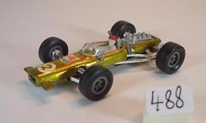 【送料無料】模型車 モデルカー スポーツカー ロータスレーサーゴールドメタリック#majorette 165 nr 227 lotus f1 racer goldmetallic nummer 2 488