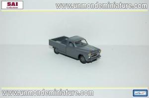 【送料無料】模型車 モデルカー スポーツカー プジョーハーモニーレトロコレクションpeugeot 403 plateau gris fonc retro 87 sai collection sai 3343 ech 187
