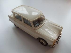 【送料無料】模型車 モデルカー スポーツカー スケールプラスチックシトロエンnorev plastik 143 scalenr54 citroen ami 6 pk