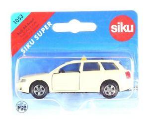 【送料無料】模型車 モデルカー スポーツカー タクシーアウディモデルsiku 1053 taxi audi a4 sondermodell ovp 530331
