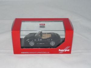 【送料無料】模型車 モデルカー スポーツカー ポルシェカレラカブリオレherpa 071062 porsche 911 carrera 4s cabriolet schwarz 143 neu ovp