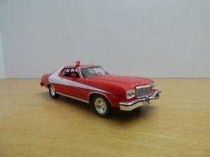 【送料無料】模型車 モデルカー スポーツカー フォードグラントリノスタスキーハッチアンプford gran torino film starsky amp; hutch 143