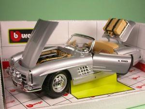 【送料無料】模型車 モデルカー スポーツカー メルセデスシルバーモデルカーmercedes 300 sl roadster 1957 silber modellauto 1812049 bburago 118