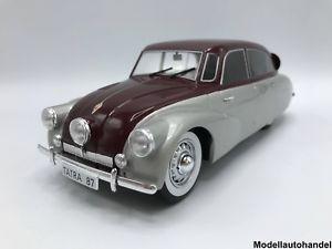 【送料無料】模型車 モデルカー スポーツカー タトラシルバーダークレッドtatra 87 1937 silberdunkelrot 118 mcg lt;lt;
