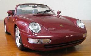 【送料無料】模型車 モデルカー スポーツカー ポルシェカレラカブリオレカブリオレクラレスケールbburago porsche 911 carrera 4 cabrio cabriolet weinrot 1993 scale 118