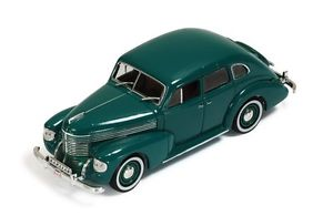【送料無料】模型車 モデルカー スポーツカー オペルキャプテンドアセダンネットワークopel kapitan 4door sedan green 1939 ixo 143 mus048
