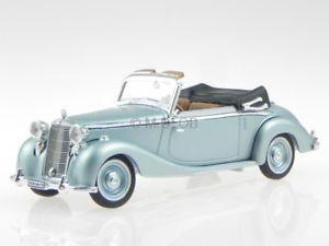 【送料無料】模型車 モデルカー スポーツカー メルセデスモデルカーシグネチャーmercedes 170 s 1950 silberblau modellauto 43709 signature 143