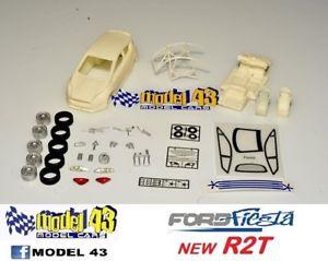 【送料無料】模型車 モデルカー スポーツカー フォードフィエスタキットford fiesta r2t   kit montaggio