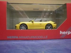 【送料無料】模型車 モデルカー スポーツカー ポルシェカレラカブリオレレーシングイエローherpa 143 pkw porsche 911 carrera cabriolet 991 ii, racing gelb 071024