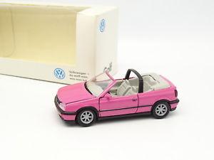 【送料無料】模型車 モデルカー スポーツカー ゴルフカブリオレローズschabak 143 vw golf 3 iii cabriolet rose