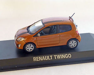 【送料無料】模型車 モデルカー スポーツカー ルノートゥインゴオレンジメタリックrenault twingo gt 2007, orangemetallic, norev, 143