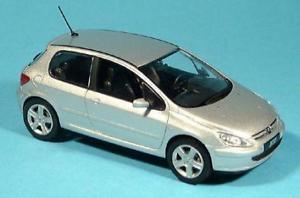 【送料無料】模型車 モデルカー スポーツカー プジョーアルジェントpeugeot 307 xsi norev argento 143