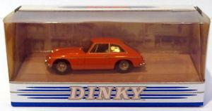 【送料無料】模型車 モデルカー スポーツカー スケールグアテマラオレンジdinky 143 scale dy3b 1965 mgb gt orange