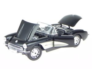 【送料無料】模型車 モデルカー スポーツカー シボレーコルベットブラックモデルカーchevrolet corvette c1 1957 schwarz modellauto 31139 maisto 118