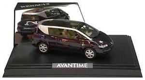【送料無料】模型車 モデルカー スポーツカー ルノーバイオレットメタリックrenault avantime violet metallic 2001 norev 143 518201