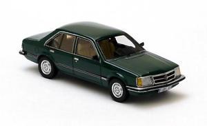 【送料無料】模型車 モデルカー スポーツカー オペルコモドールドアネオopel commodore c 4door green 1978 neo 143 43690