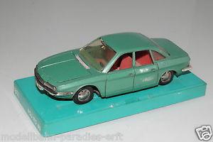 【送料無料】模型車 モデルカー スポーツカー グリーンメタリックmrklin rak 143 1811 nsu ro 80 grnmetallic ohne ovpeh1324