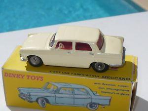 【送料無料】模型車 モデルカー スポーツカー プジョーリストアdinky toys 553  peugeot 404  restauree restored